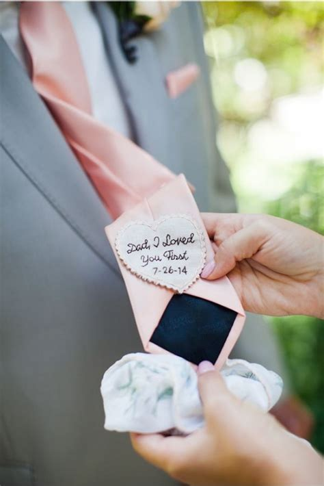 best gifts for dad on wedding day 25 best ideas about wedding gift for dads on pinterest