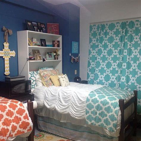 cute dorm comforters cute dorm room woo pig pinterest