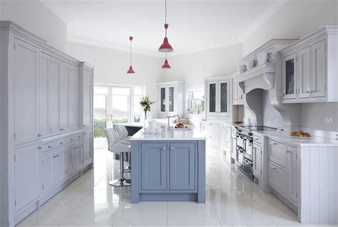 pictures of quartz countertops in kitchens