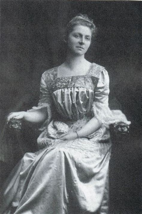 the compassionate englishwoman emily hobhouse in the boer war books emily hobhouse 1860 1926 was a cornish caigner and
