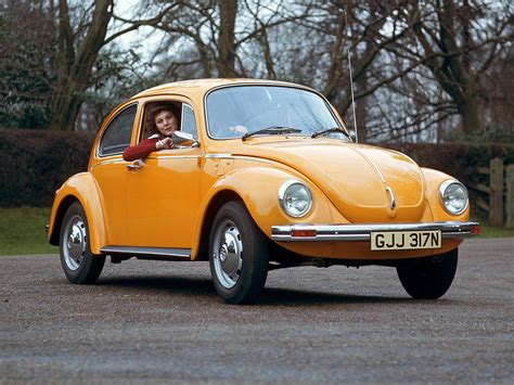 original volkswagen beetle wallpapers of beautiful cars volkswagen beetle the original
