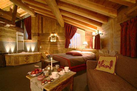 hotel romantici con vasca idromassaggio in la thuile weekend benessere offerte hotel 4 stelle