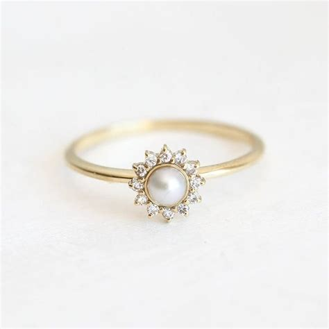 Wedding Rings With Pearls by 25 Best Ideas About Pearl Rings On Gold Pearl