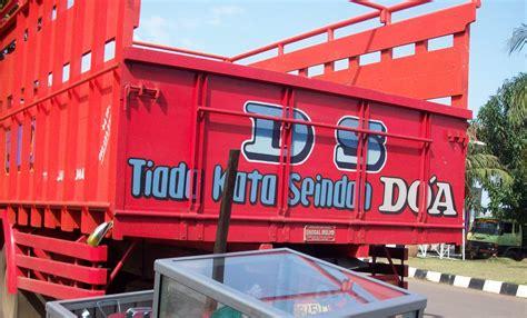 gambar unik dan tulisan lucu di bak truk 062 annunaki
