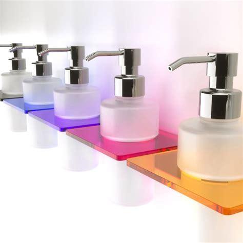 bicchieri plexiglass porta sapone in plexiglass e bicchiere in vetro 7 diversi