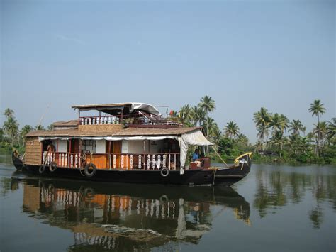 kumarakom boat house booking kumarakom boat house booking 28 images skylark house