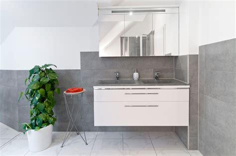 badezimmerfliesen boden ideen für kleine badezimmer badezimmer idee grau