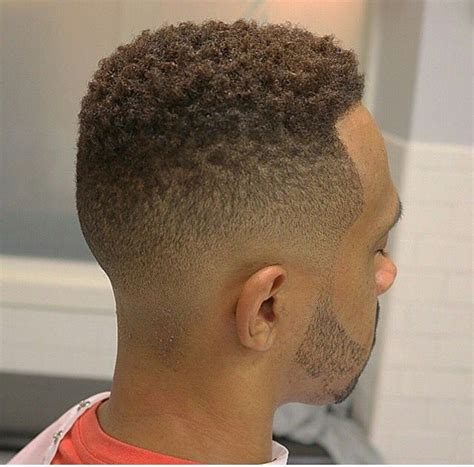 back pics taper sponge black men fade sponge curl haircut with taper hairs picture gallery