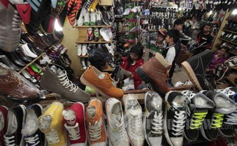 Harga Baju Merk Celcius sepatuwani taterbaru cari toko sepatu di bandung images