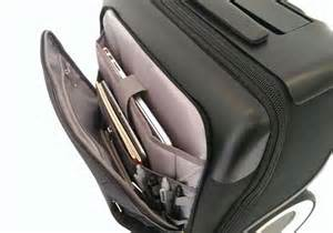 Charging For Carry On Bags by G Ro Carry On Luggage Boasts Two Big Wheels Charging