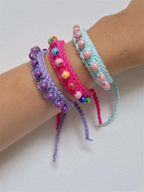 how to knit a friendship bracelet friendship bracelets marrose ccc