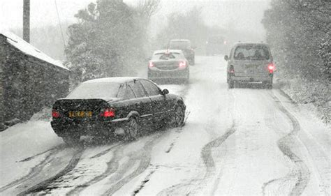 Rear Wheel Drive Snow by Driving In Snow What Gear Should You Be In Driving An