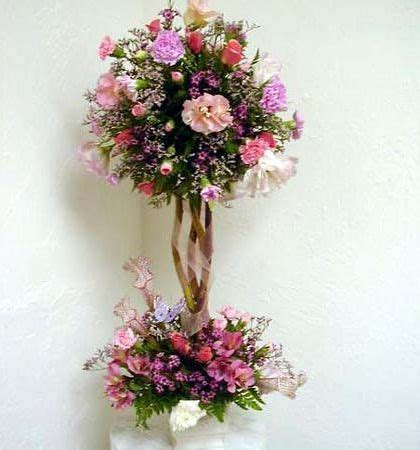 topiary arrangements flowers 1000 images about diy topiary on