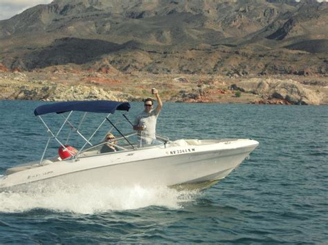 house boating an experts first houseboating experience on lake mead