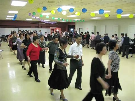 swing dancing chicago chicago swing sequence dance scalewings nz 2009 youtube