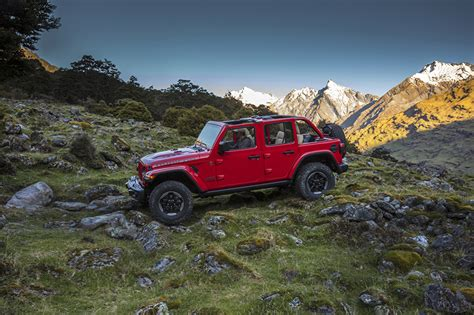 red jeep wallpaper wallpapers jeep 2018 wrangler unlimited rubicon red cars