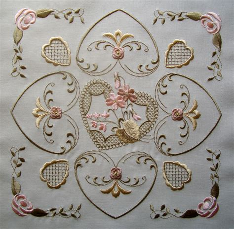 free applique designs for embroidery machine 14 machine embroidery designs quilt pattern images