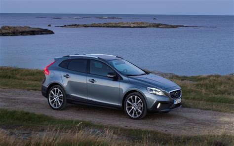 volvo  cross country image httpswwwconceptcarzcomimagesvolvo volvo