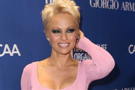 pamela anderson loses pixie cut pamela anderson wears extensions sexy pixie cut signs you re ready for the pixie cut