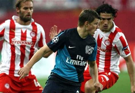 arsenal young players arsene wenger optimistic about arsenal s young players but