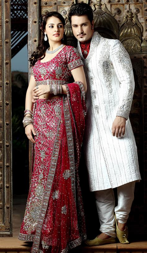 what to wear in marriage indian bridal makeup wear hairstyles dresses jewellery mehndi jewelry lehenga wear saree 2013