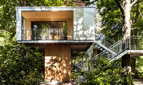 treehouse living modern architects reinterpret the treehouse smart magazine