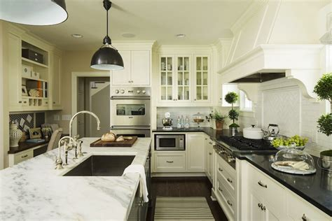 benjamin moore white dove kitchen cabinets benjamin moore white dove cabinets transitional