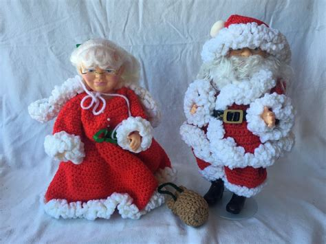 vintage handmade crocheted mr and mrs santa claus dolls ebay