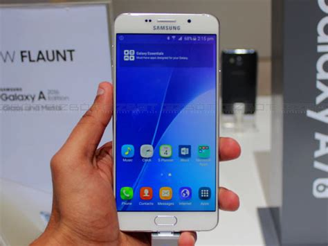 Samsung A7 Update samsung galaxy a7 2017 to start receiving android nougat update soon gizbot news