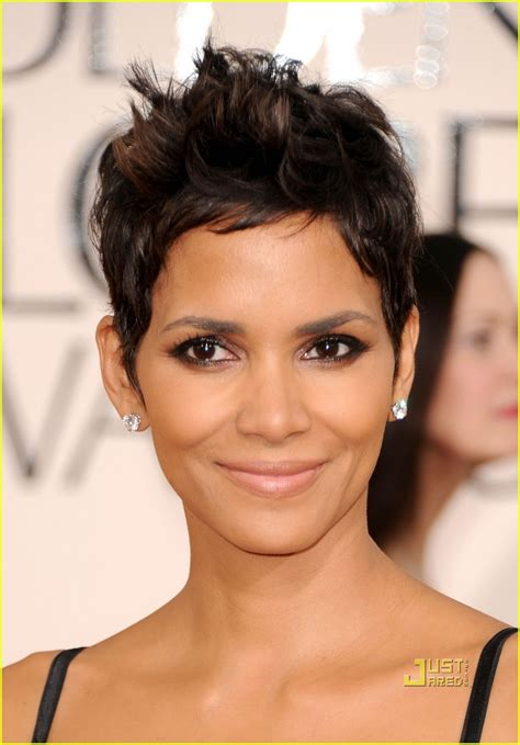 what face shape is haley barry cool wallpapers halle berry 2011