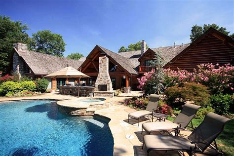 Cabins Tulsa Ok by Luxury Real Estate A Lodge In Oklahoma Wsj