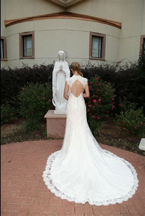 Show Me Pictures Of Wedding Dresses