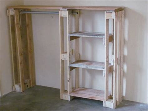 Diy Armoire Closet by Diy Pallet Wardrobe Pallet Wardrobe Pallet Furniture Designs And Pallet Furniture