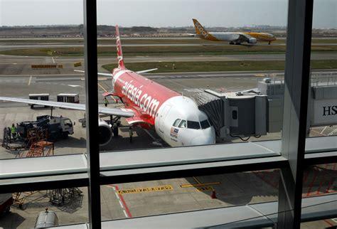 airasia singapore terminal airasia x won t buy too expensive airbus a350 co group