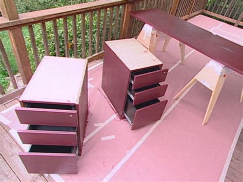 This Makes Ghost Furniture Look Ordinary by Distressing Diy