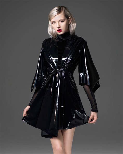 sensei pvc kimono inspired robe   black abiti