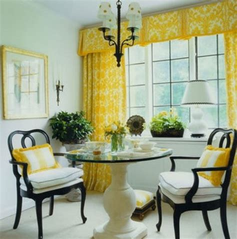 Light Yellow Dining Room Ideas Sybaritic Spaces Yellow Dining Rooms