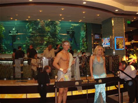 Golden Nugget Front Desk by Meet Las Vegas Golden Nugget Tower Opening