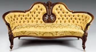 Antique Victorian Settee Antique Piece Designer Decor Pinterest