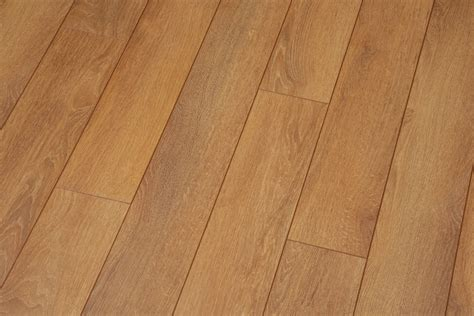 Oak Laminate Flooring Harlech Oak Floors Laminate Flooring