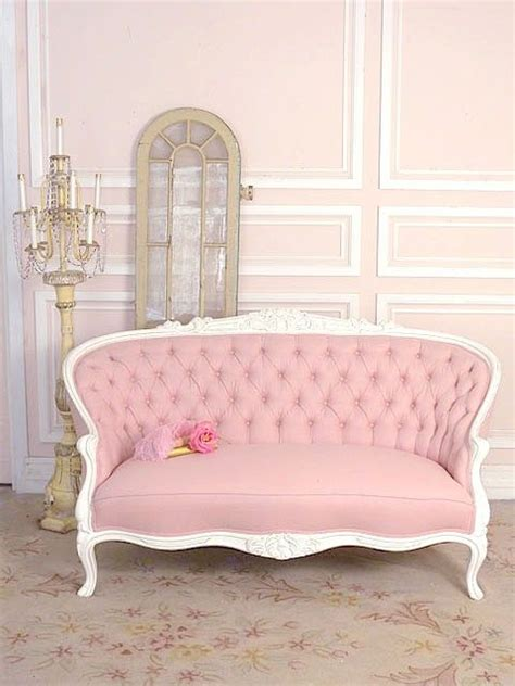 vintage pink sofa 25 best ideas about antique sofa on pinterest antique