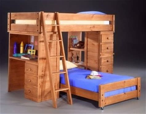 perpendicular bunk beds pin by lorraine gray on kidecorating