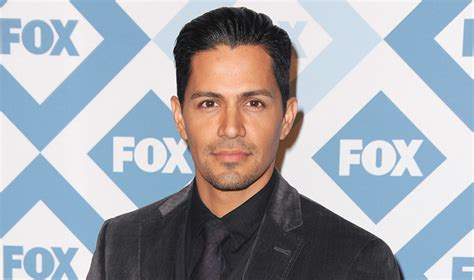 Friday Night Lights Cast Squad Recruits Jay Hernandez For Mystery Role