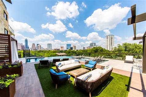 4 Bedroom Apartments Austin Tx Enclave At Waters Edge Apartment Homes Rentals Austin