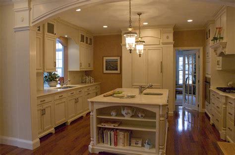 Kitchen walls a soft rusty red glaze without pattern kitchen design
