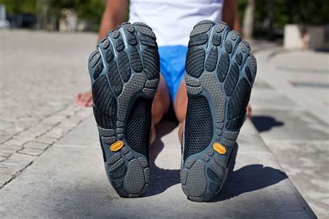 vibram five fingers running shoes review vibram five fingers review running unlimited