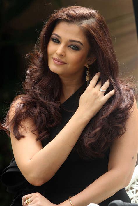 aishwarya rai 75 beautiful aishwarya rai actress beauty hd wallpapers