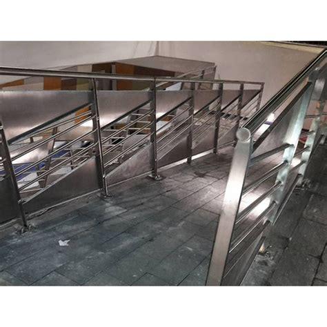 ringhiera acciaio inox cancelli recinzioni ringhiere acciaio inox e ferro eboli