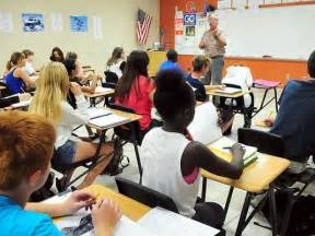class high school fla school breaks class size on purpose