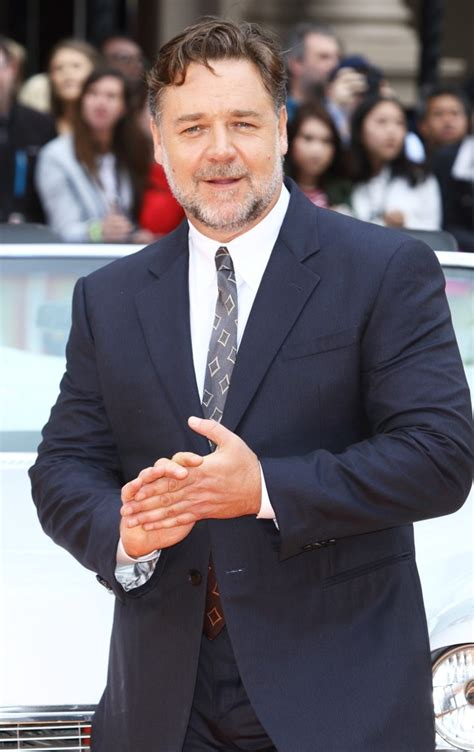russell crowe pictures latest news